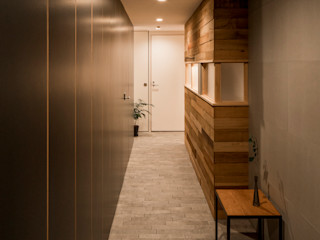 group-scoop Eclectic style corridor, hallway & stairs Tiles Grey