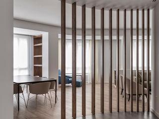 amBau Gestion y Proyectos Moderner Flur, Diele & Treppenhaus Holz