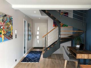 BLEU, BLANC, BOIS À CARQUEFOU UN AMOUR DE MAISON Escalier Métal