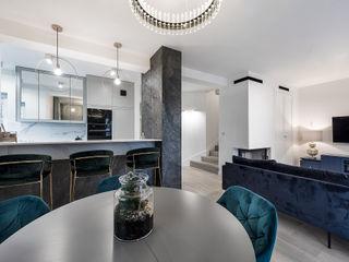 livinghome wnętrza Katarzyna Sybilska Столовая комната в стиле модерн Дерево Серый
