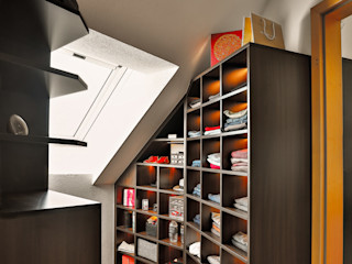 Ankleidezimmer in Berkheim Ihr Schreiner Thaler Moderne Ankleidezimmer Holzspanplatte Braun
