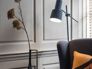 WN Interiors + WN Store Moderne Wohnzimmer