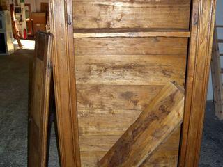 Gli Artigiani dei f.lli M.& S. Cordi snc BedroomWardrobes & closets Wood Brown