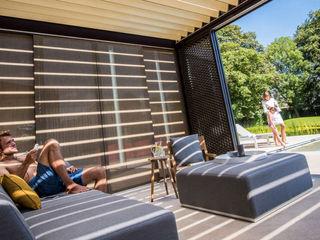 Sonnenschutz Lamellendach SPA Deluxe GmbH - Whirlpools in Senden Minimalistischer Balkon, Veranda & Terrasse