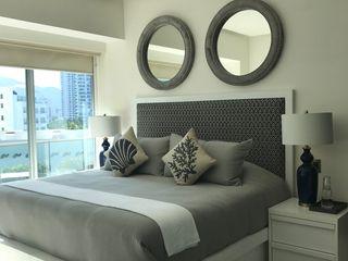 Garage Interiorismo y Diseño BedroomBeds & headboards
