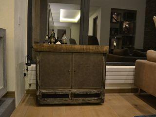 Garage Interiorismo y Diseño Living roomStorage