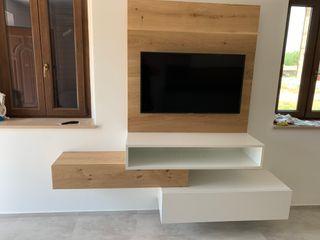 cucina moderna e living il falegname di Diego Storani CasaAccessori & Decorazioni Legno massello Effetto legno