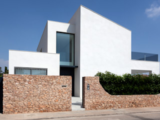 MANUEL GARCÍA ASOCIADOS Einfamilienhaus Weiß