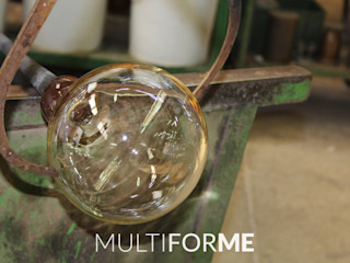 Custom chandeliers in Murano glass for a Private Flat in Milan, Italy MULTIFORME® lighting SalonEclairage Verre Ambre/Or