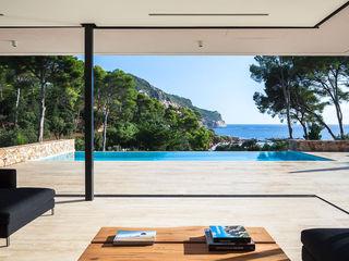 Localización mediterránea de lujo! On Locations Casas de estilo mediterráneo