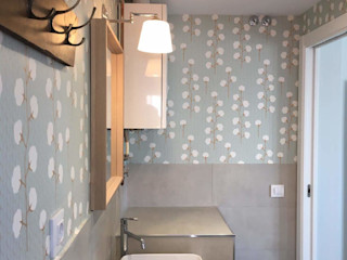 O. R. Group Moderne Badezimmer