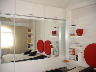 SERPİCİ's Mimarlık ve İç Mimarlık Architecture and INTERIOR DESIGN СпальняШафи і шафи Дерево Білий