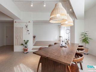 전주인테리어 모던하면서 동양적인 상가주택 인테리어 디자인투플라이 아시아스타일 거실