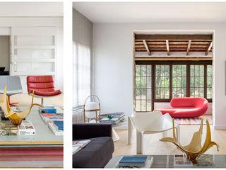 118. DYNAMITE COLORS Abrils Studio Salones de estilo minimalista