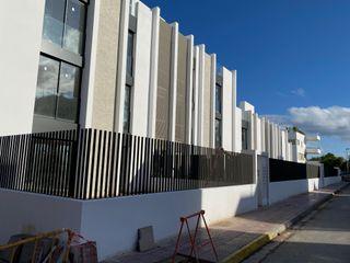 14 Viviendas en Santa Eularia del Rio Ai ESTUDIO Casas de estilo minimalista