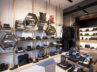 Romano Shoes Studio Vesce Architettura Negozi & Locali commerciali moderni