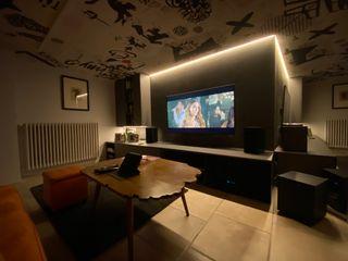 Sala TV AUDIO Federica Rossi Interior Designer Sala multimediale moderna