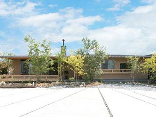 環アソシエイツ・高岸設計室 Single family home Wood Beige
