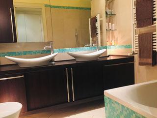 Studio di Architettura, Interni e Design Feng Shui Minimalist style bathroom Wood Brown