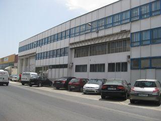 REFORMA DE OFICINAS EN NAVE INDUSTRIAL EXISTENTE OCTANS AECO Estudios y despachos de estilo moderno