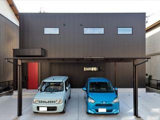 ナイトウタカシ建築設計事務所 Wooden houses Metal Black