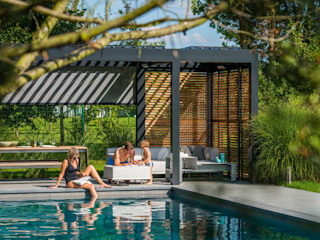 Outdoor Living Trends 2020 SPA Deluxe GmbH - Whirlpools in Senden Moderner Balkon, Veranda & Terrasse