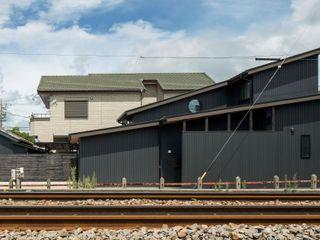 小栗建築設計室 Multi-Family house Black