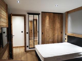 Appartement vieux bois Tignes DAI Création Chambre moderne Bois massif Beige