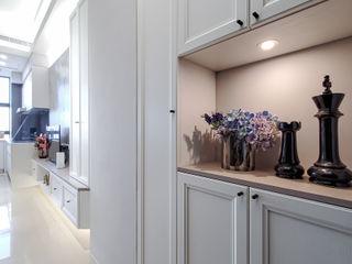 中和天晴 你你空間設計 現代風玄關、走廊與階梯 White