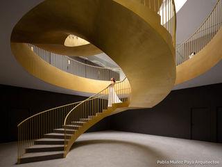 Pablo Muñoz Payá Arquitectos Kantor & Toko Minimalis