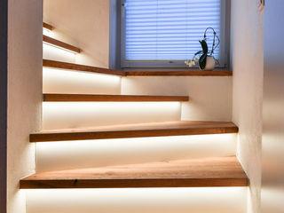 Treppenrenovierung edictum - UNIKAT MOBILIAR Treppe Holz Beige