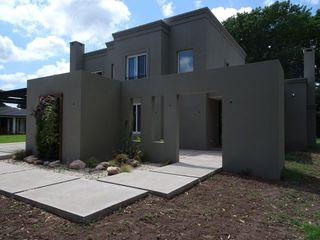 Estudio Dillon Terzaghi Arquitectura - Pilar Rumah keluarga besar