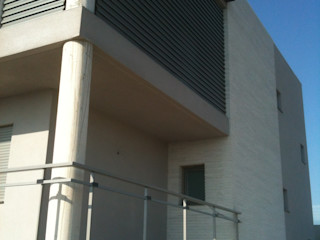 OBRA NUEVA: Vivienda Unifamiliar aislada OCTANS AECO Casas de estilo moderno