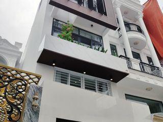 AN PHÚ DESIGN & BUILD Casas modernas Concreto reforzado Blanco