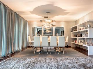 Antonio Calzado 'NEUTTRO' Diseño Interior Modern living room White