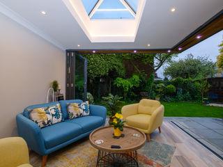 Floating Corner Open Plan Living Cool Buildings Ltd Modern conservatory Glass