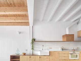 Vallribera Arquitectes Mediterrane Küchen