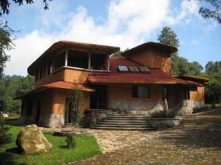 TR arquitectos Modern Houses Wood Brown