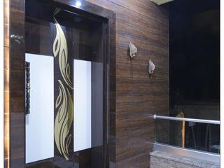 Spacemekk Designers p.LTD Front doors Wood Wood effect