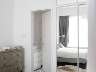Nordic home in a natural palette... JC Vision Scandinavian style bedroom Wood Grey