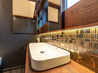 Gold Mosaic Vivante Moderne Badezimmer Grau