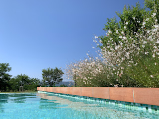 In Val di Magra L'Eden Giardino con piscina