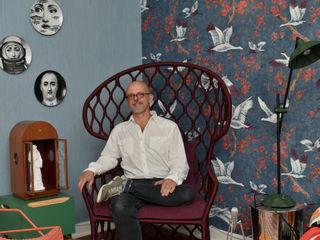 Apartamento de Colecionador Enzo Sobocinski Arquitetura & Interiores Salas de estar ecléticas Madeira Azul