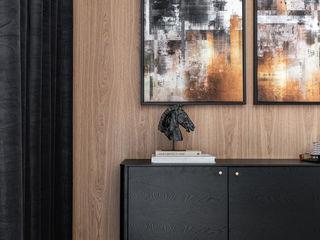 Anna Serafin Architektura Wnętrz Livings de estilo clásico Madera Negro