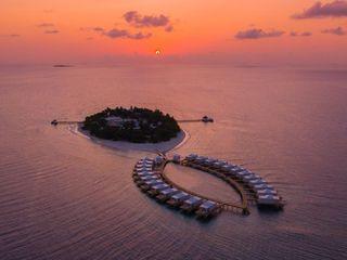 Eco-Resort Sandies Bathala Marlegno Hotel in stile tropicale Legno Bianco
