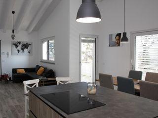 Villa classica in legno a Givoletto (TO) Marlegno Cucina in stile classico Legno