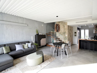 Villa moderna in Bolgare (Bergamo) Marlegno Soggiorno moderno Legno Grigio