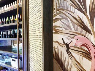Polish nail boutique -hypestudio Hypestudio กำแพง ไม้ Green