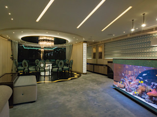 Acquario Bar MELIK LUXURY Aquarium Sala da pranzoScaffali per il vino