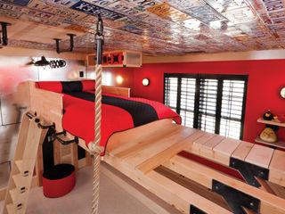 Adaptiv DC 男の子部屋 木 赤色